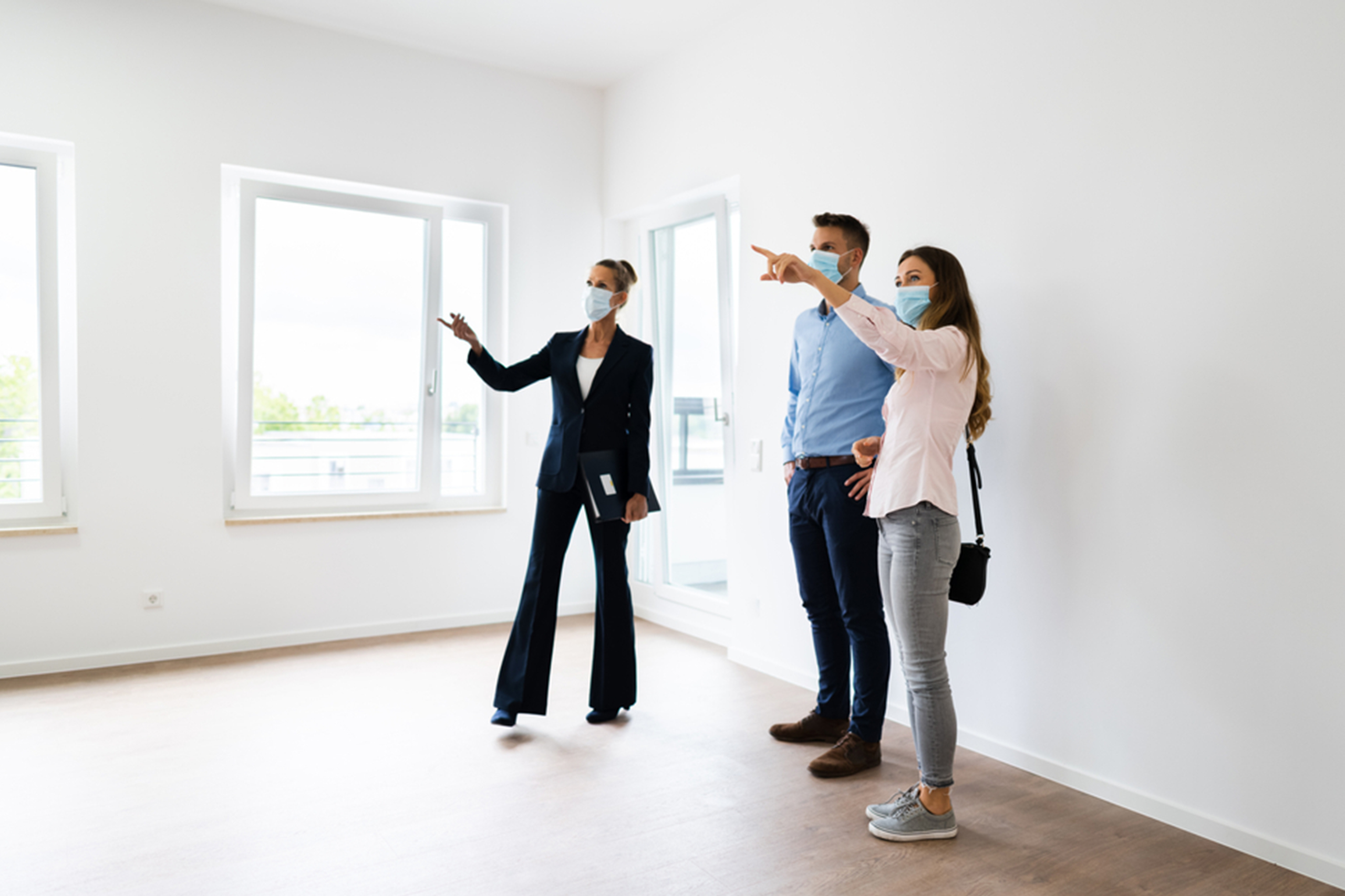 Disinfecting a House Before a House Showing